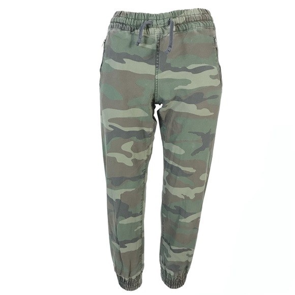 TNA joggers camouflage print